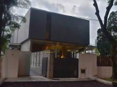 Contemporary Modern Exterior@Bayu Pandan Residence