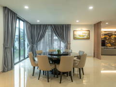 Contemporary Modern Dining Room@Sutera One's Residence