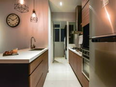 Industrial Modern Kitchen@Scenaria North Kiara