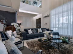 Contemporary Modern Foyer Living Room@Palmiera 52