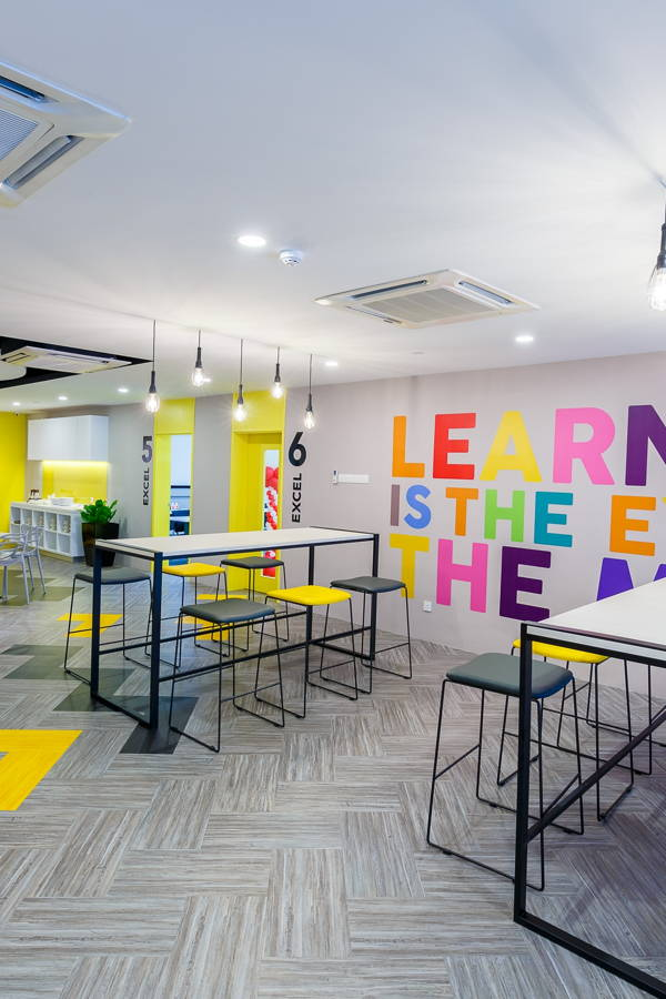 Diving into the Design: A Bright and Interactive Learning Academy