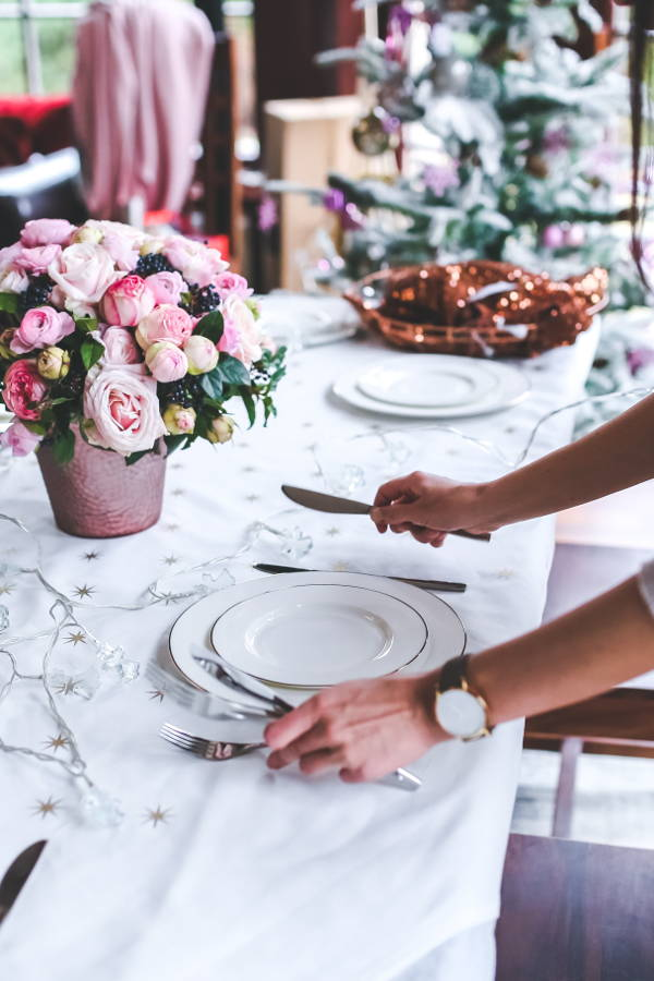 These Tips Will Get Your Home Hosting-Ready This Festive Season