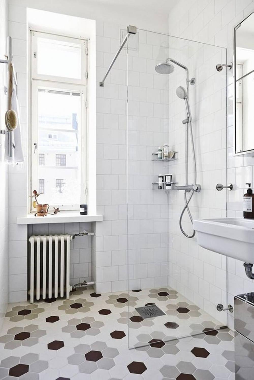 floral bathroom tile