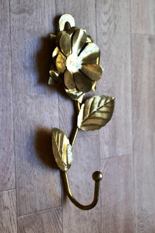floral hook