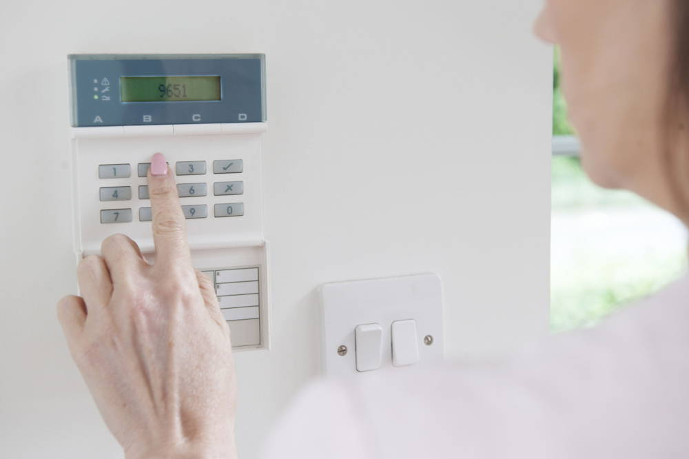 setting home security