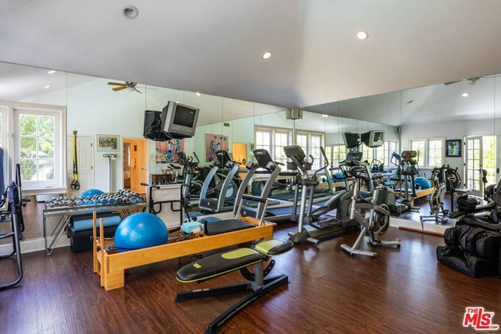 Kurt russel goldie hawn home gym
