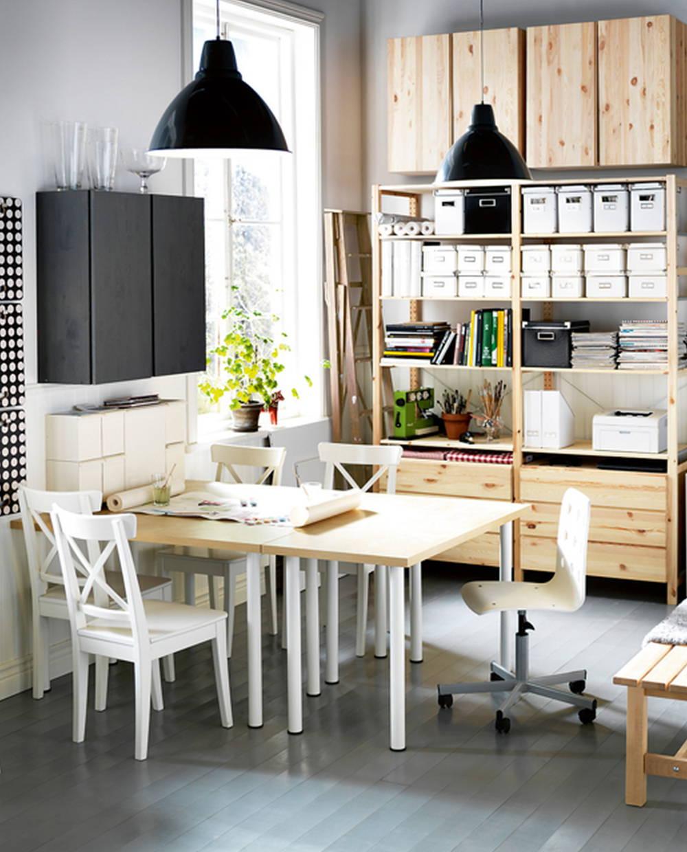 dual dining area