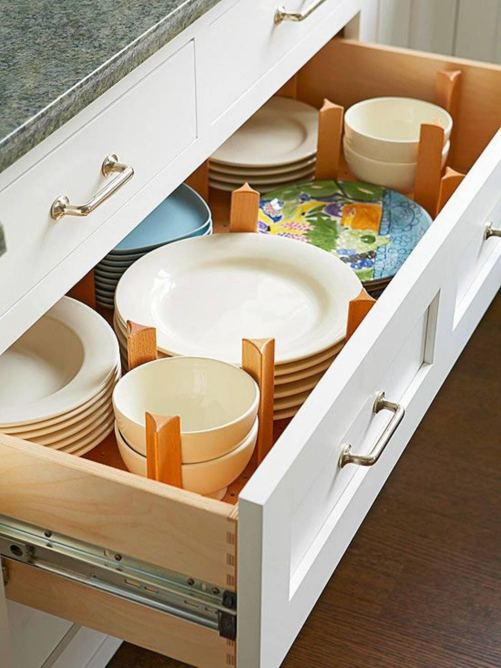 Kitchen drawer plate