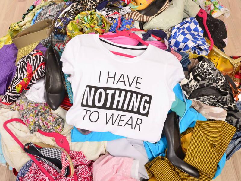 decluttering wardrobe