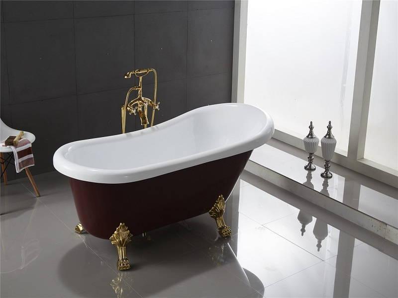 Gold bathtub faucet
