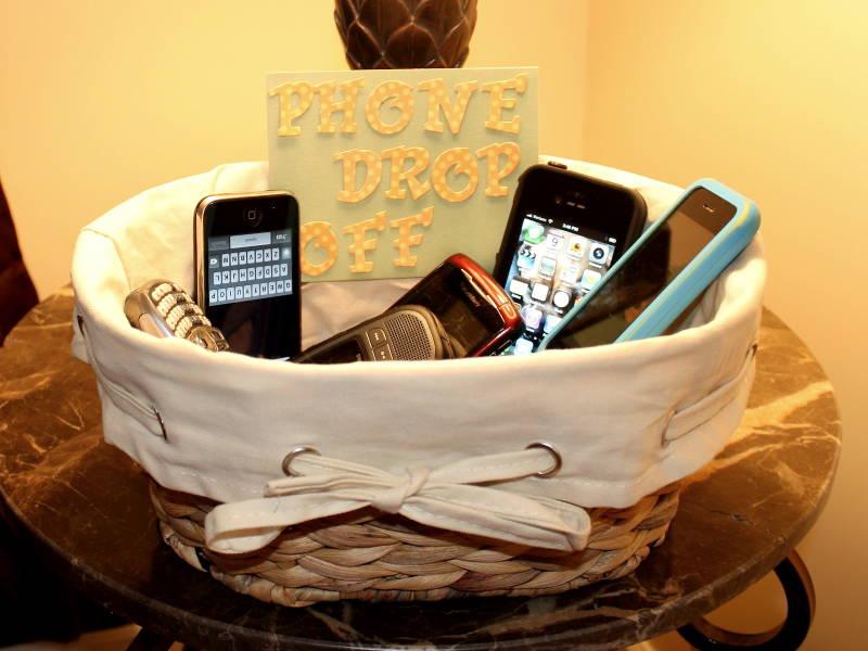 no phone basket