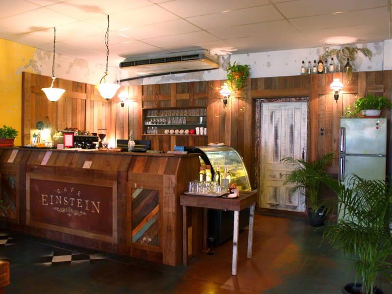 einstein cafe kl petaling street