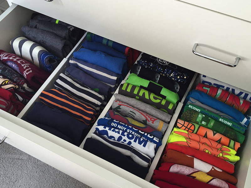 clothes drawer separator