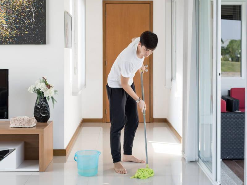 Mop floor