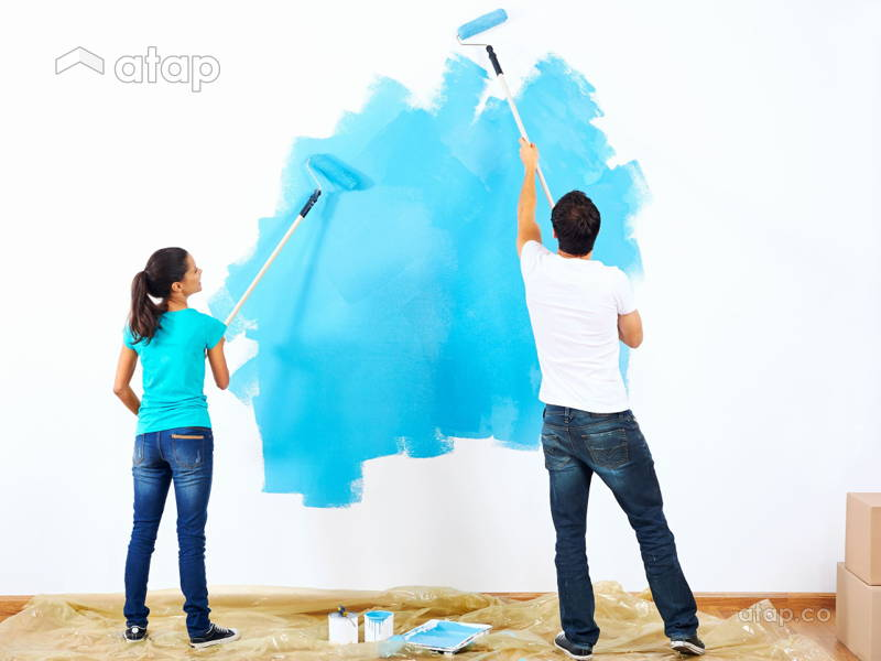 How to Paint a Room on Your Own