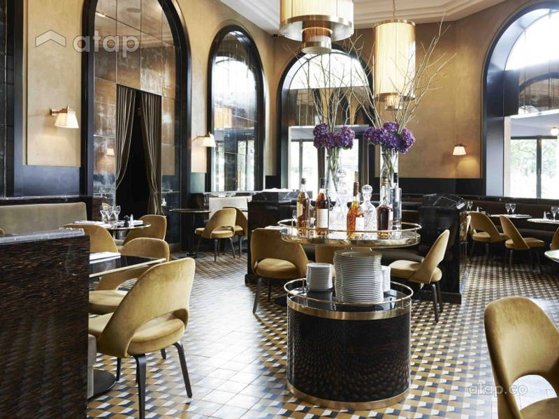 5 Must-Haves for an Interior That Looks Like a French Bistro
