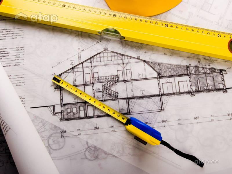 contractor vs interior designer who should i hire for my renovation