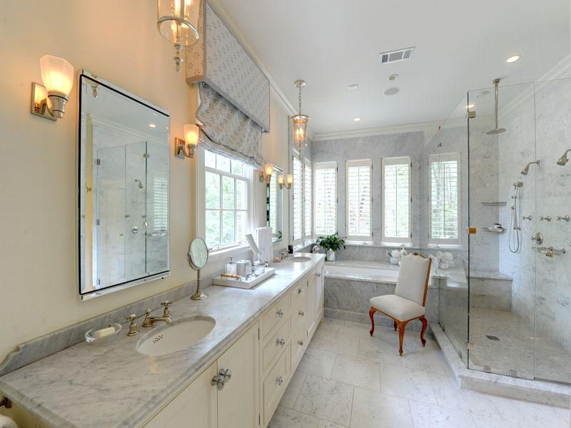 Marble counter white bathroom