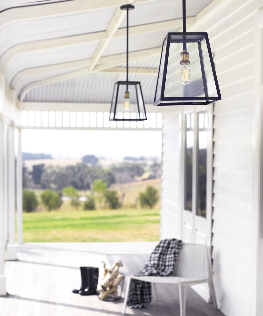 Pendant light porch