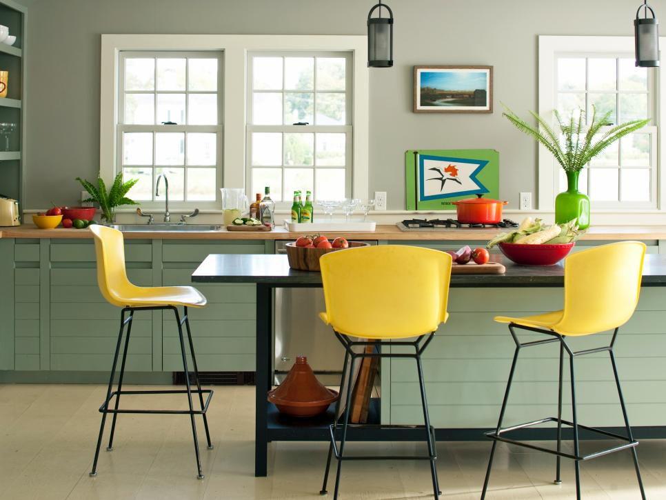 Green kitchen home