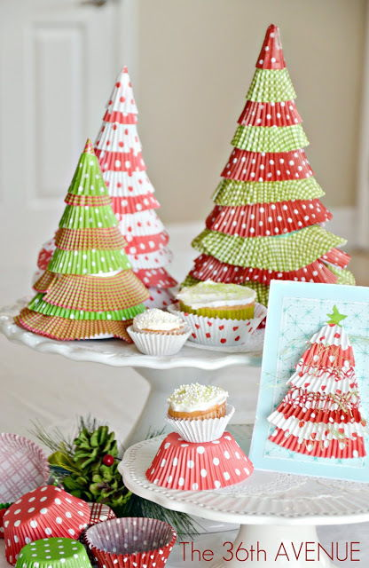 Christmas cupcake liner decor