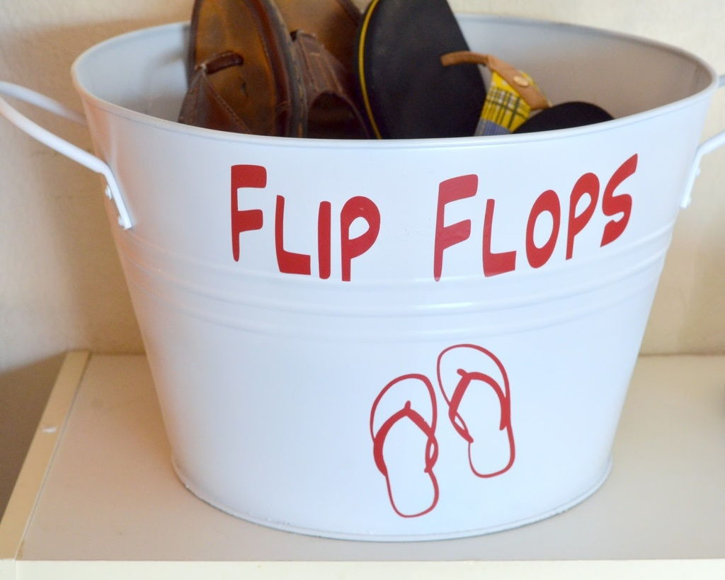 slipper bucket