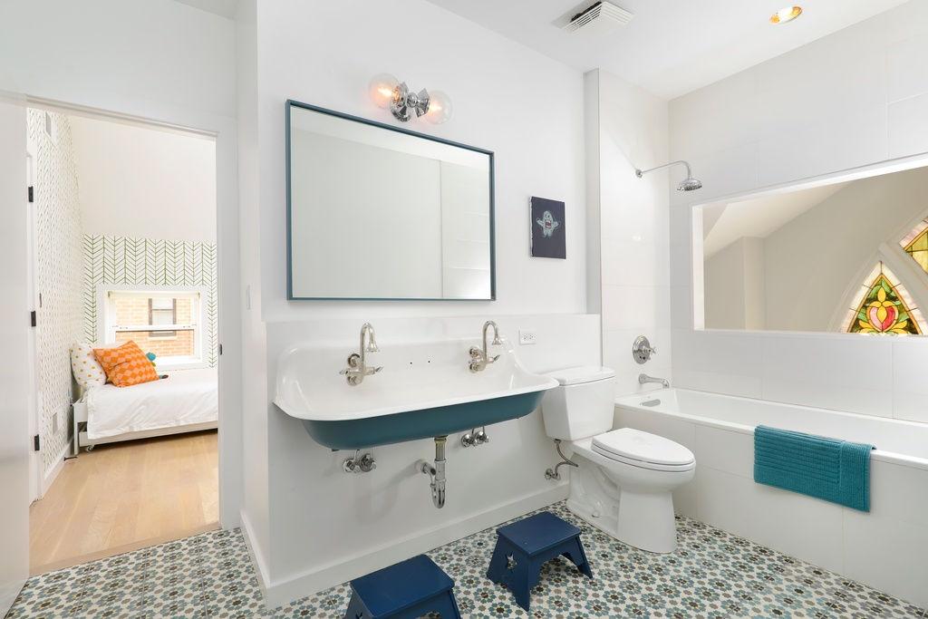 colourful tiles bathroom
