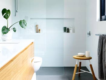 12 Ways to Add Glam to Your Small Bathroom