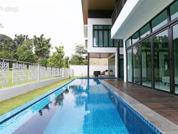 These Malaysian Homes Feature Dreamy Swimming Pools That Help Beat the Heat