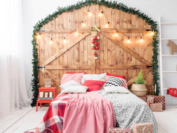 These Beddings Will Get You in The Holiday Mood