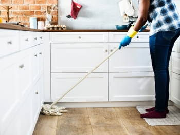 How to Clean Your Home to Prepare for the New Year
