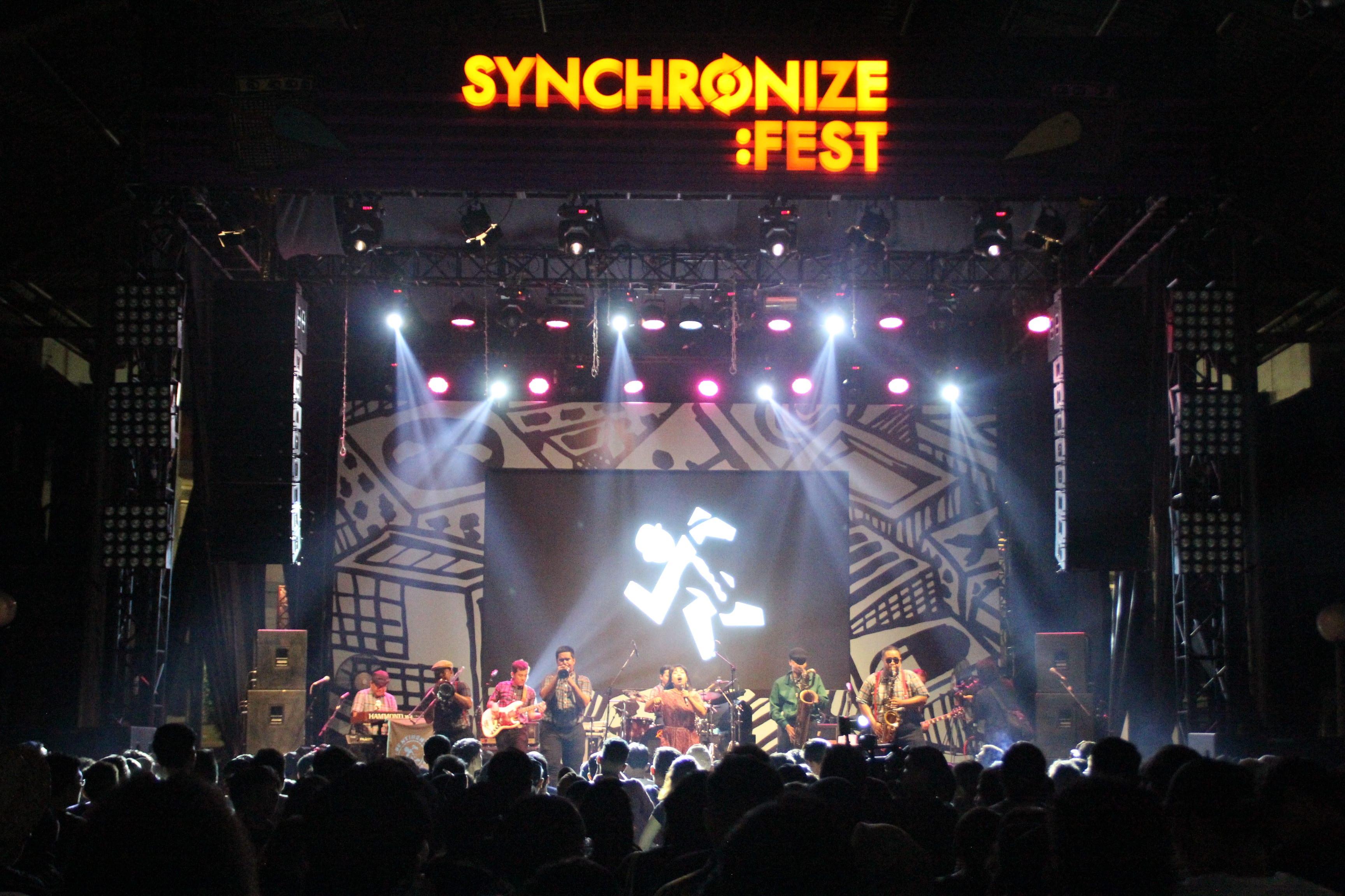 DISTRICK STAGE DENGAN TURBOSOUND DI SYNCHRONIZE FEST 2018