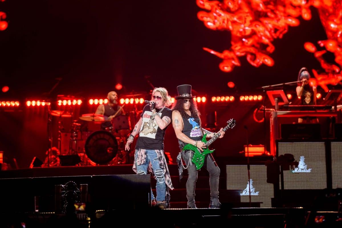 Konser Kenangan Guns N' Roses di GBK