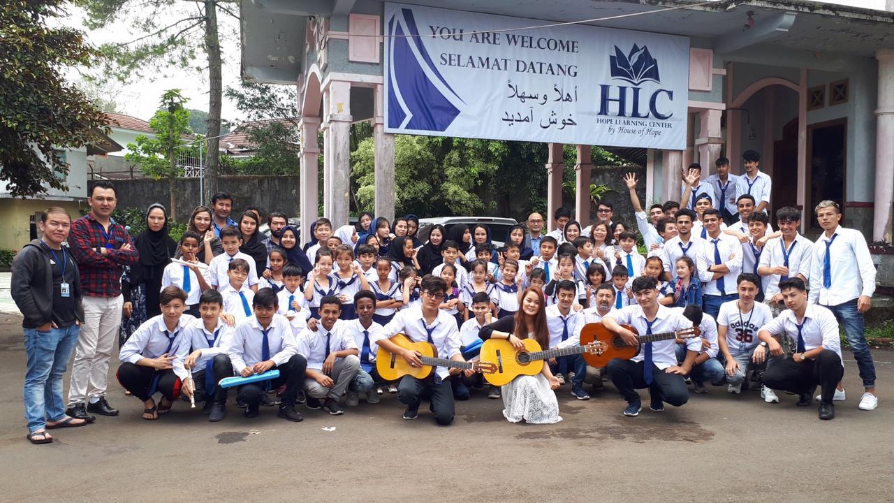 Yamaha Musik Indonesia Melaksanakan Program Music Time untuk Pengungsi di Hope Learning Center