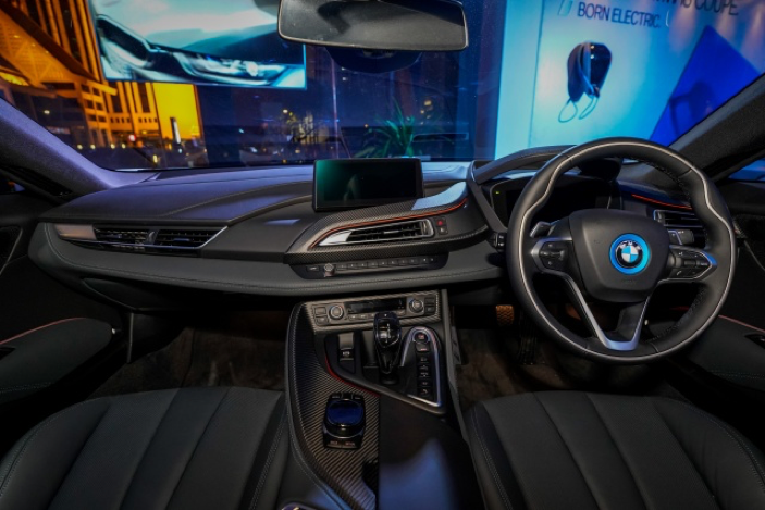 BMW Malaysia Launches the Alluring i8 Coupe - AUTOMOLOGY