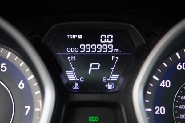 Farrah Haines Drove Her Hyundai Elantra 1 Million Miles In