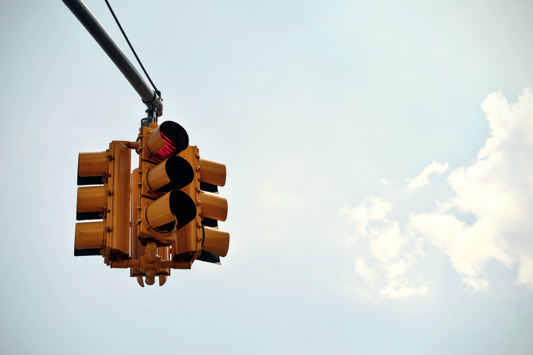 Audi Cars Can Talk to Traffic Lights. All Cars Should!