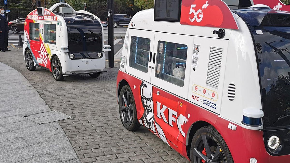 KFC's Self-Driving Truck Rolls Out Amid Social Distancing