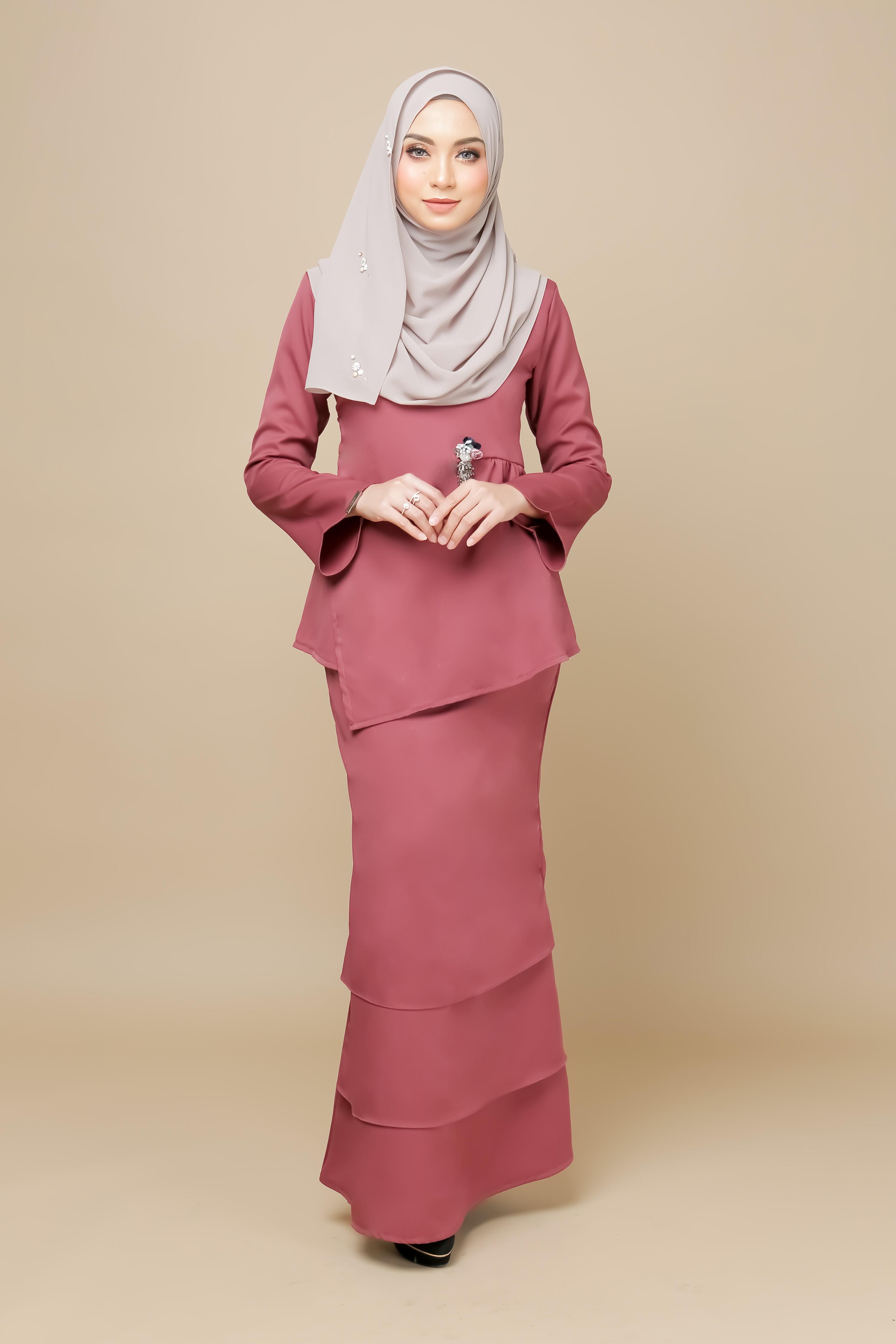 Aulia Kurung Pink