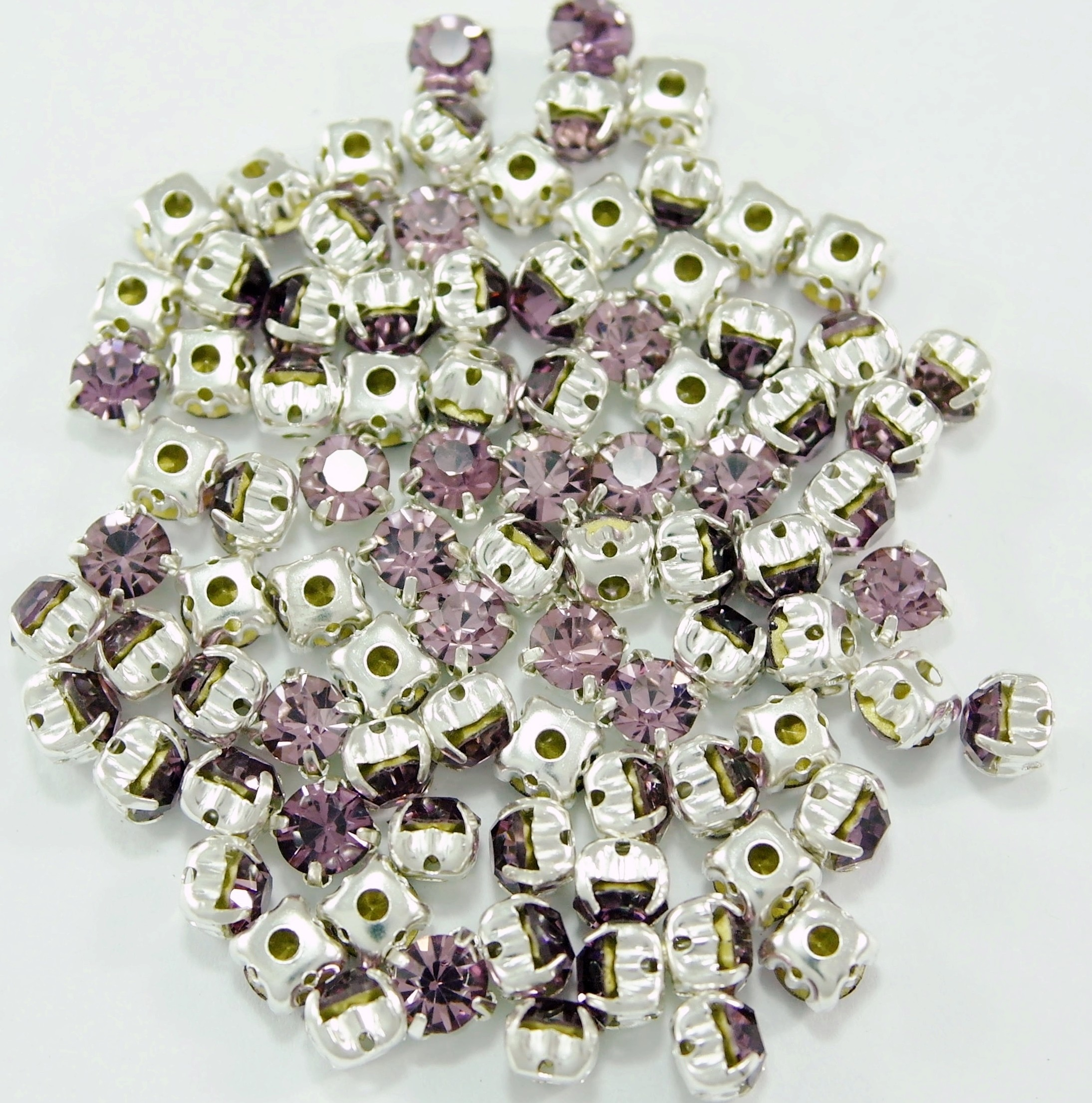 SS 34 montees - Light Amethyst B17  ( 100 pcs )