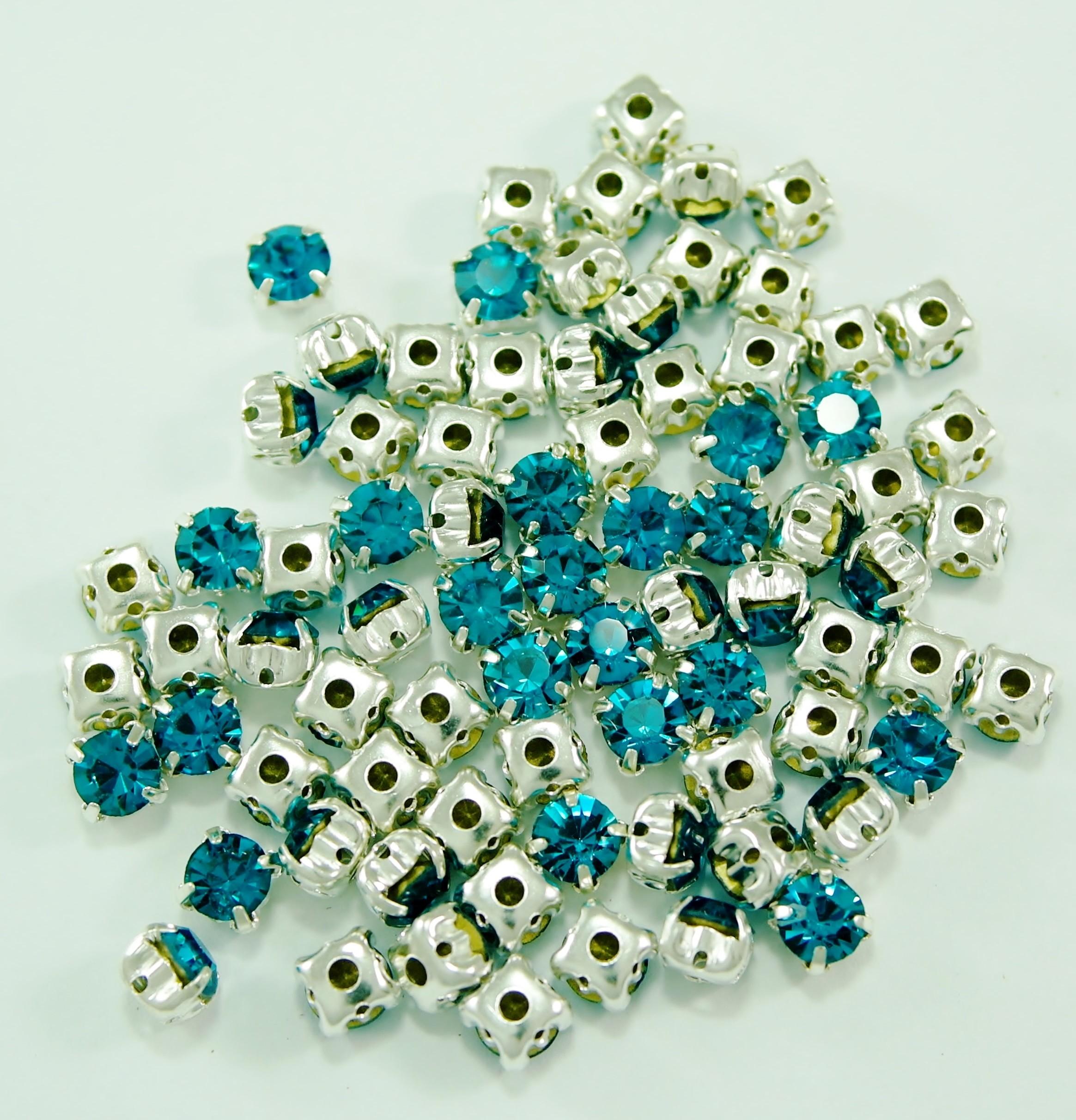 SS 34 montees - Blue Zircon B6 ( 100 pcs )