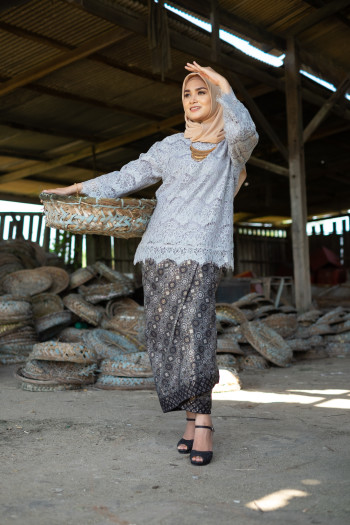 Kedah Lace Grey (Tops Only)