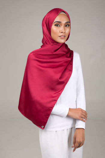 Satin Shawl Ruby