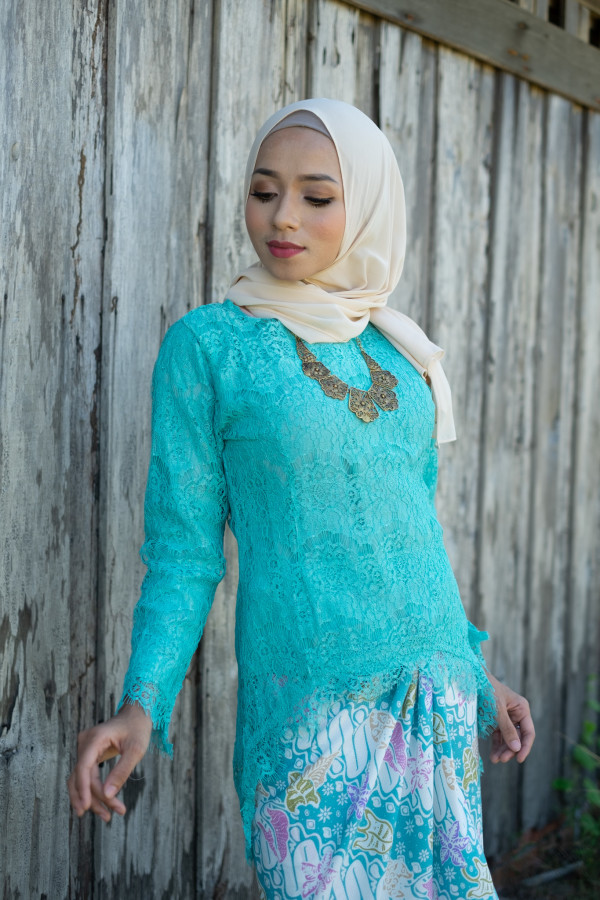 Fishtail Lace Turquoise (tops only) - Haura Wear