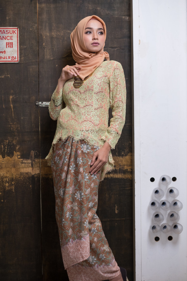 Fishtail Lace Green and Peach (Tops Only) - Haura Wear