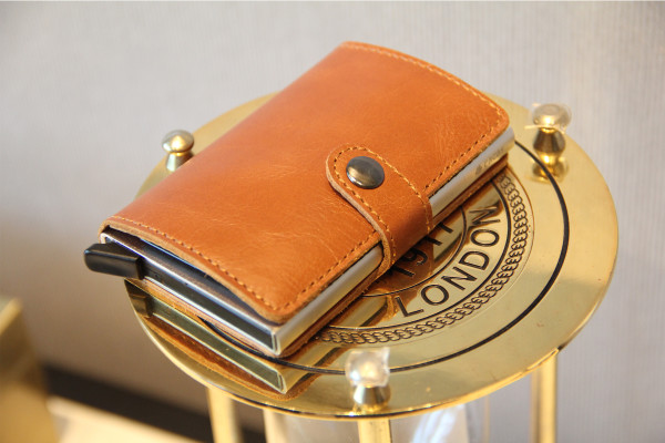 Cacas Premium Leather Slim Wallet - Classic Light Brown  - Simple Series