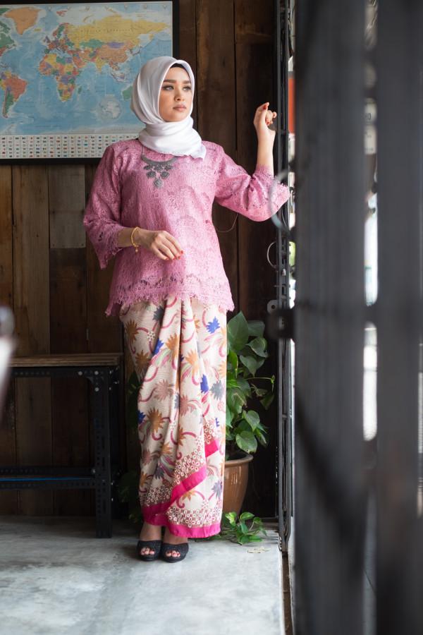 Kedah Lace Pink (Tops Only) - Haura Wear
