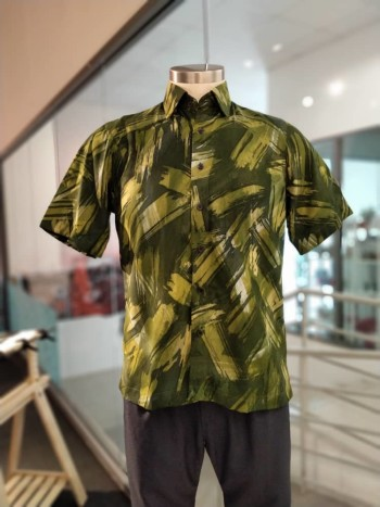 Mens Short Sleeves Cotton Batik Sentuhan Kasih Design - M