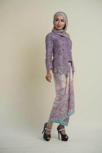 Kebaya Lace Lavendar (tops only)