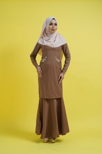 BAJU RAYA 2020 KURUNG KAREENA IN BROWN LATTE